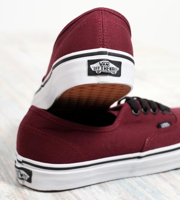 Vans Authentic Classic Sneaker Port Royale