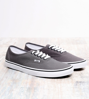 Vans Authentic Classic Sneaker Pewter